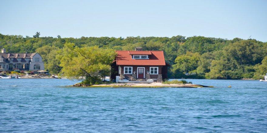 Dünyanın en küçük adası 306 metrekare