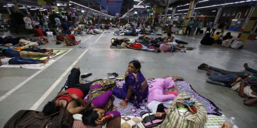 Bengal Körfezi'nde 800 bin kişi tahliye edildi