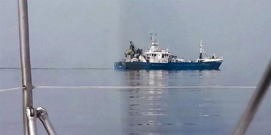 Rusya, Estonya gemisine el koydu