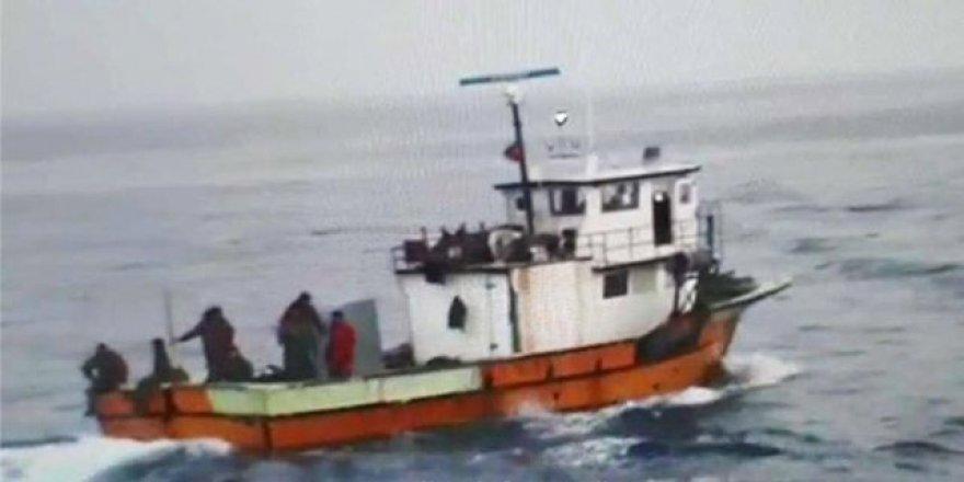 Romanya Türk balıkçı teknesini batırdı: 3 yaralı