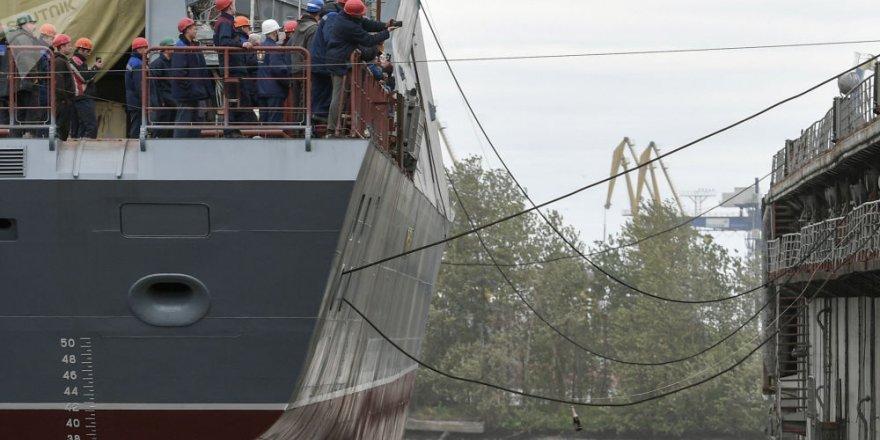 Rus korveti Gremyaşiy, denize açıldı