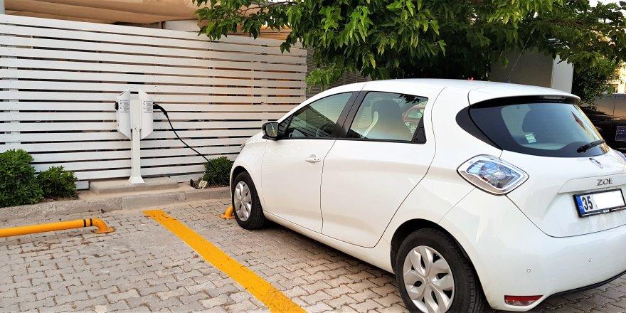 Çeşme Marina'da elektrikli araç şarj istasyonları faaliyette
