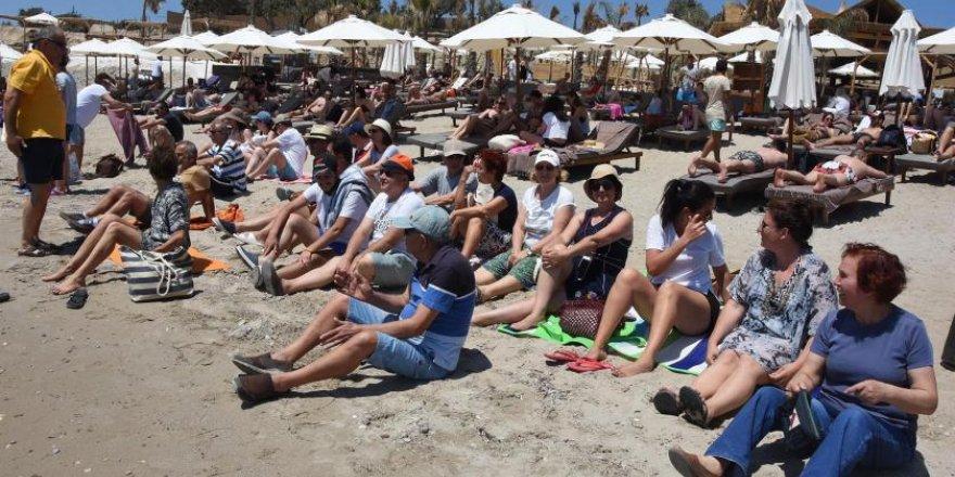 Çeşme'de vatandaşları plaj direnişi
