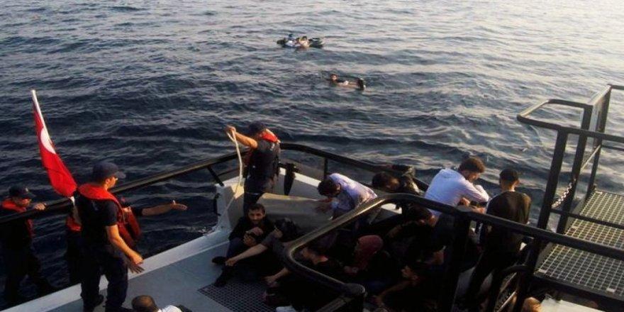 Bodrum'da göçmen teknesi battı: 9 kayıp