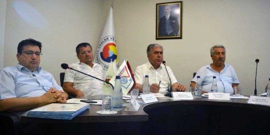 DTO Antalya'nın gündemi kaçak su sporları yapanlar
