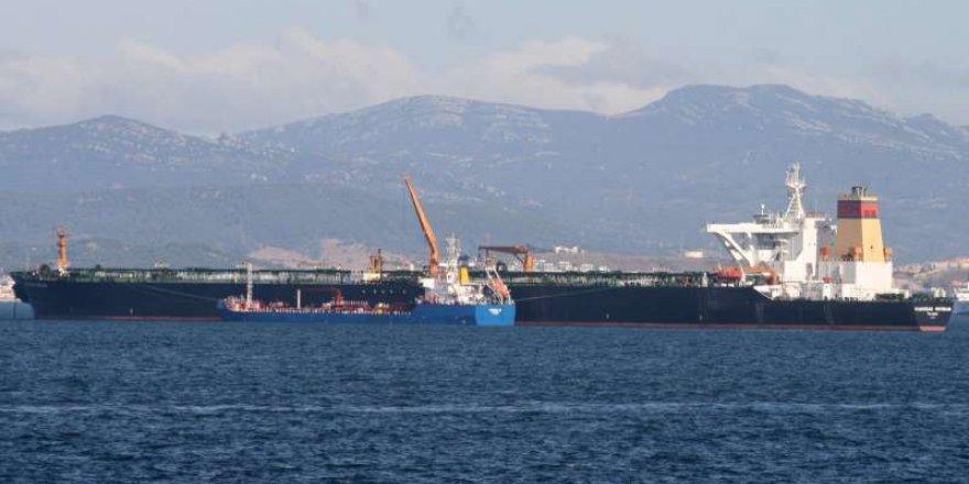 Suriye'ye petrol taşıyan tankere elkonuldu