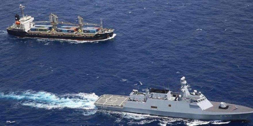 Kızıldeniz'de ticari gemiye saldırı girişimi