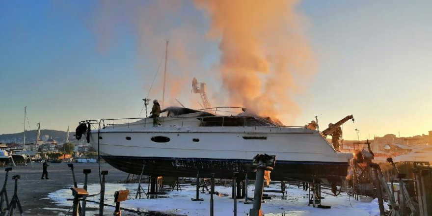 Pendik ve Bakırköy'de yat yangını