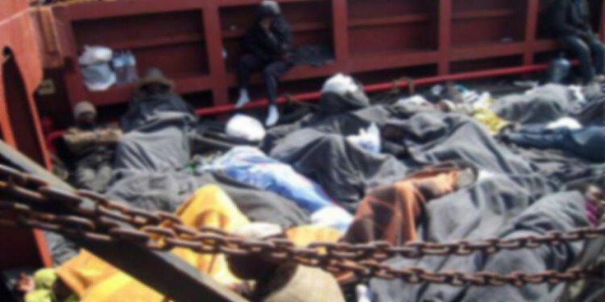 Denizde mahsur kalan 15 kişi açlık ve susuzluktan öldü