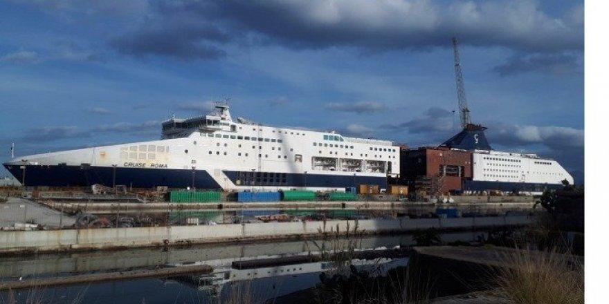 Grimaldi 2 feribotunun boyunu uzattı