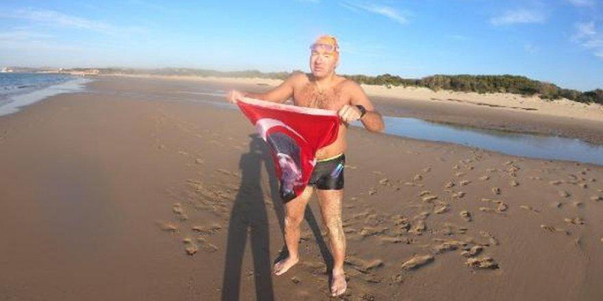 Deliveli Manş'ı 15 saat 41 dakikada yüzerek geçti