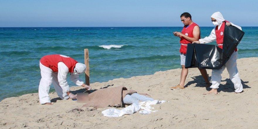 Akdeniz'de yine göçmen faciası yaşandı