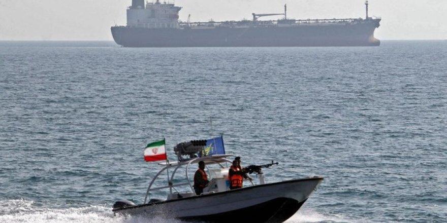 İran kritik bir petrol hattının yakınından geçen gemiye el koydu