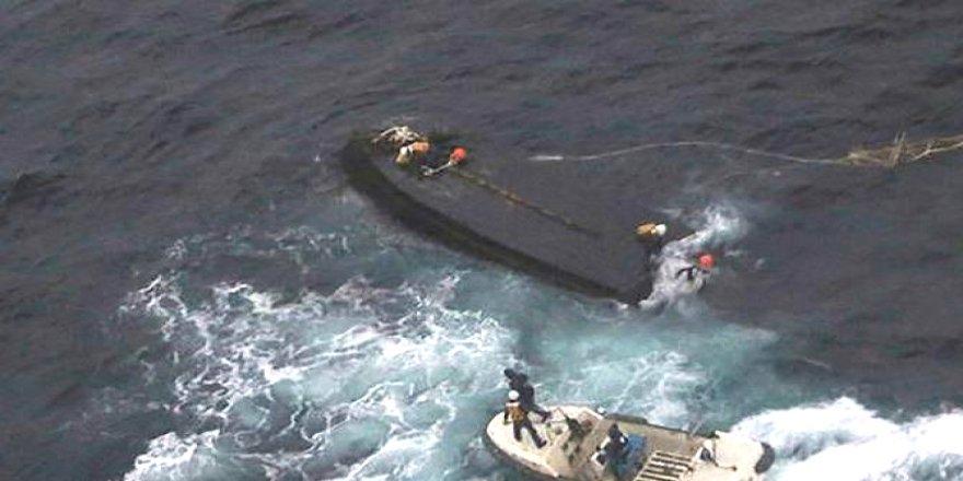 Devriye gemisiyle balıkçı teknesi çatıştı