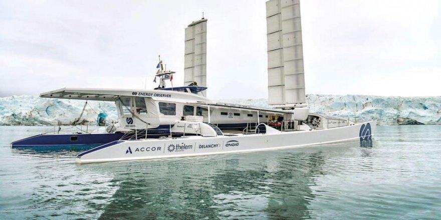 Yakıtını deniz suyundan çeken bir tekne