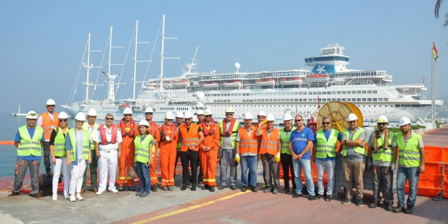 Kuşadası'nda limanda acil müdahale tatbikatı