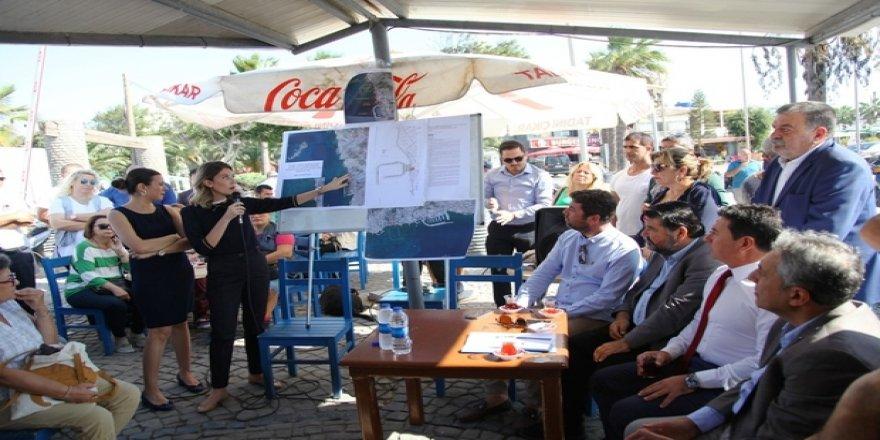 Belediye  Turgutreis'teki limanın yerine karşı