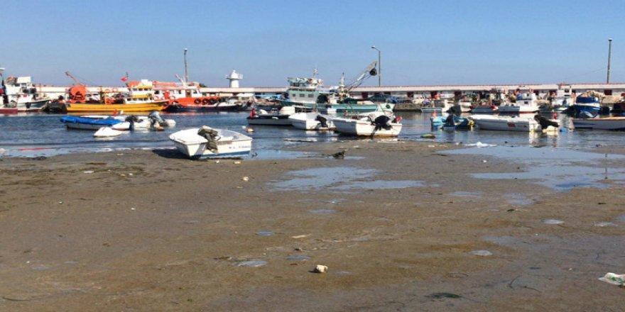 Tekirdağ'da deniz çekildi, halk panikledi!