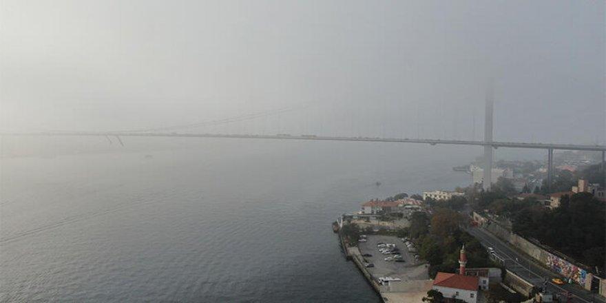 İstanbul Boğazı'nda ulaşıma sis engeli