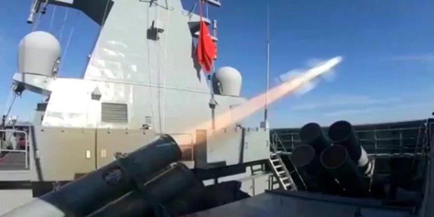 Milli gemi Kınalıada Atmaca'yı ateşledi