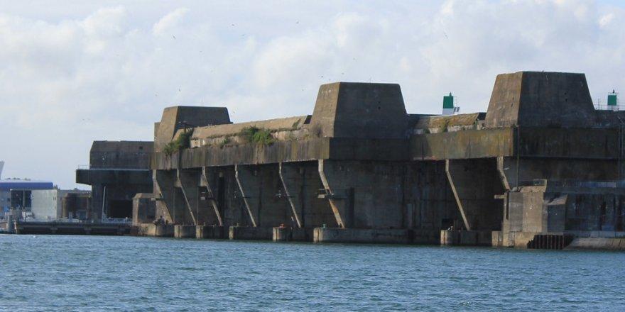 Rusya denizaltıları için zırhlı sığınaklar inşa edecek