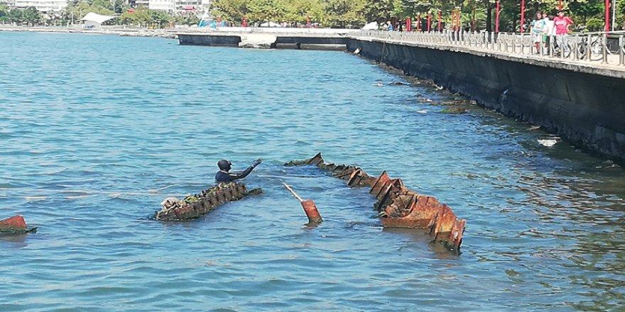 Batık gemi 'Ahsen' denizden çıkarıldı