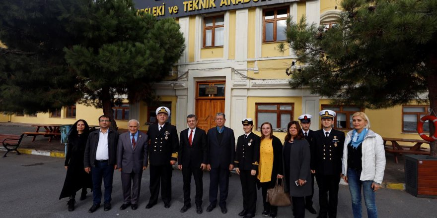 Paşaoğlu'ndan Ziya Kalkavan Lisesi'ne ziyaret