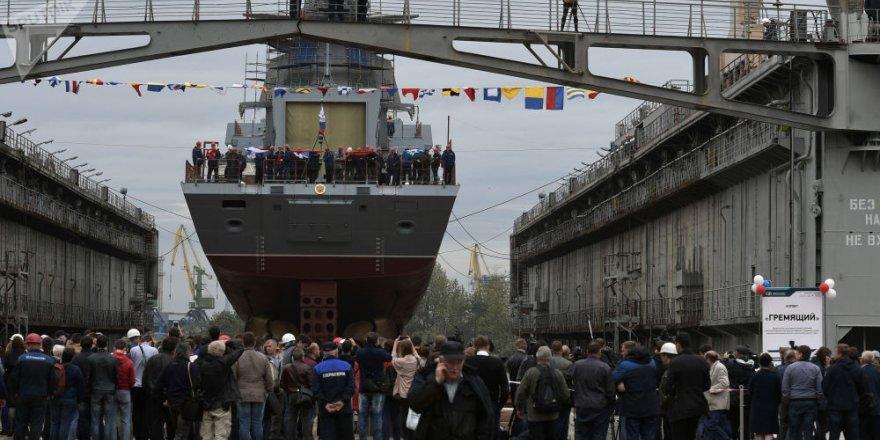 Rus Donanması'na 6 gemi birden katılıyor