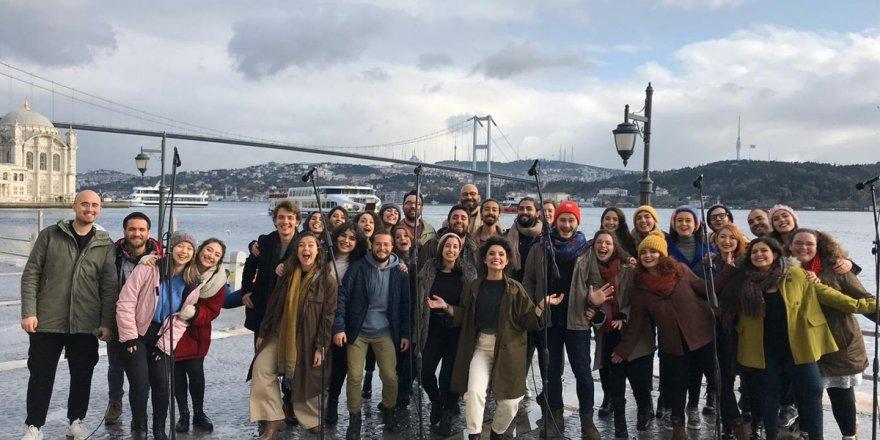 İklim Krizi için İstanbul Boğazı'nda acapella