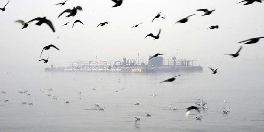 Çanakkale ve Kocaeli'de deniz ulaşımına sis engeli