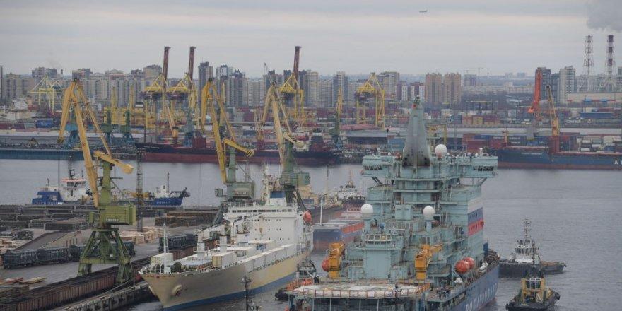 Nükleer buzkıran gemisi Arktika testleri geçti