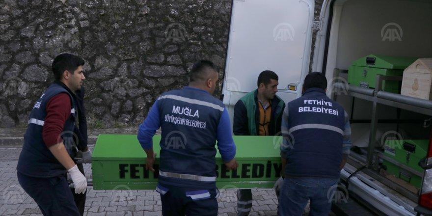 Muğla'da 15 kişiyi taşıyan lastik bot battı