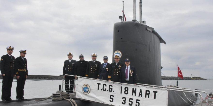 TCG 18 MART denizaltısına gazilerden ziyaret
