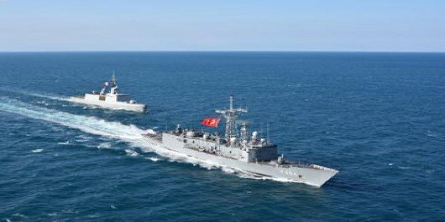 7 yıl sonra Fransız savaş gemisi Türkiye'ye geldi