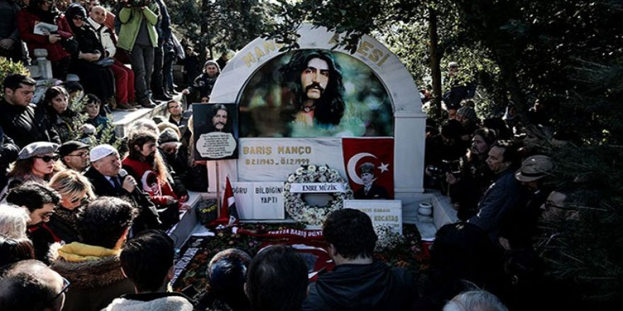 Barış Manço vapuru Boğaz'da