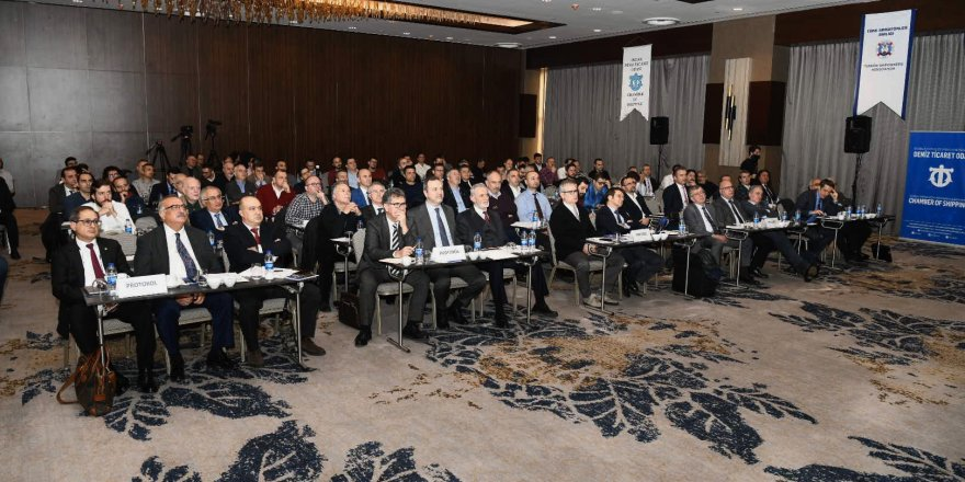 """""""Günümüz Deniz Taşımacılığında Makina Hasarları, Çıkarılan Dersler ve Alınabilecek Önlemler"""" semineri düzenlendi"""