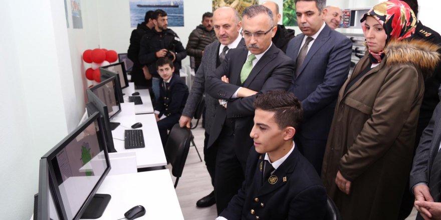 Rize'de Gemi Makinaları Simülasyon Merkezi açıldı
