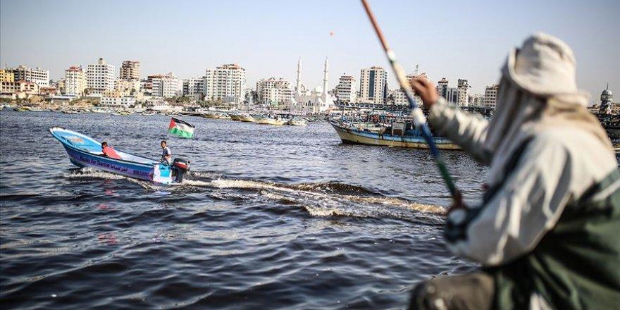 Gazzeli balıkçılara sınır