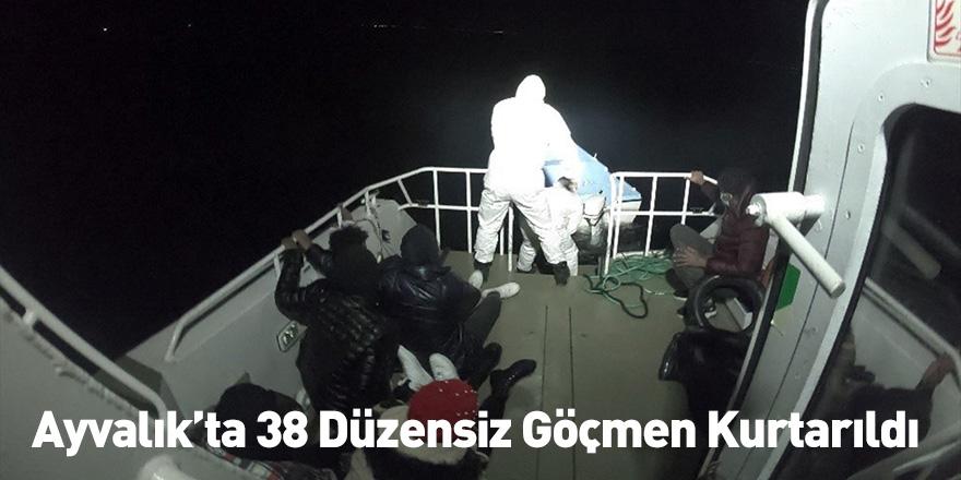 Ayvalık'ta 38 Düzensiz Göçmen Kurtarıldı