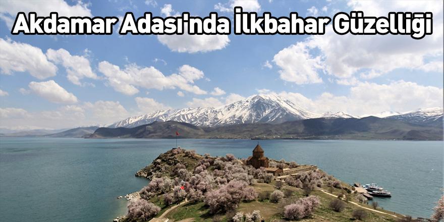 Akdamar Adası'nda İlkbahar Güzelliği