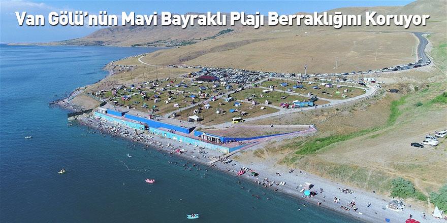 Van Gölü'nün Mavi Bayraklı Plajı Berraklığını Koruyor