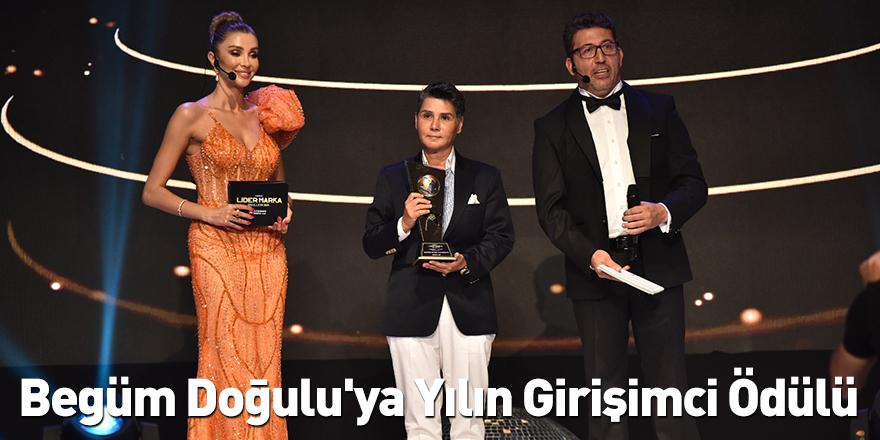 Begüm Doğulu'ya Yılın Girişimci Ödülü