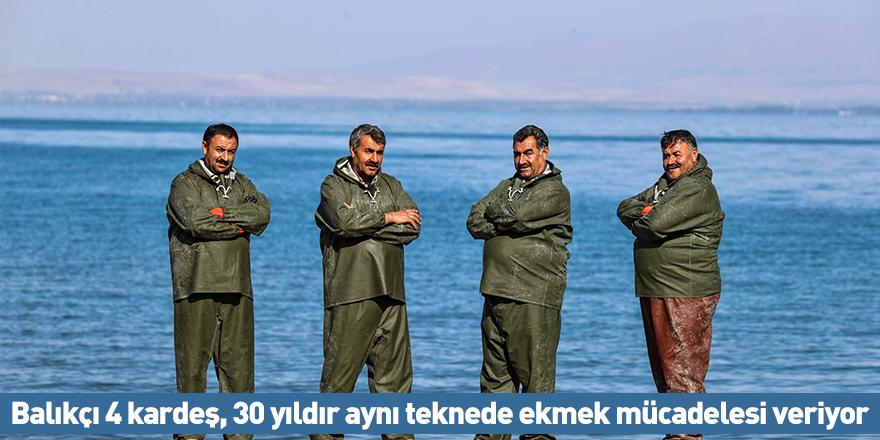 Balıkçı 4 kardeş, 30 yıldır aynı teknede ekmek mücadelesi veriyor