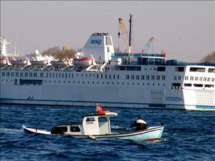 Ankara feribotu İskenderiye'de