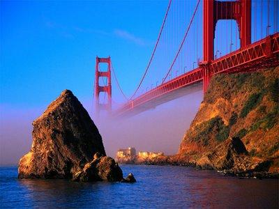 Golden Gate'ten atladı ve ölmedi