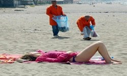 Mahkumlar temizledi, turistler güneşlendi