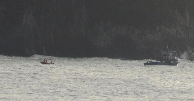 Bartın'da tekneleri batan balıkçılar henüz kurtarılamadı