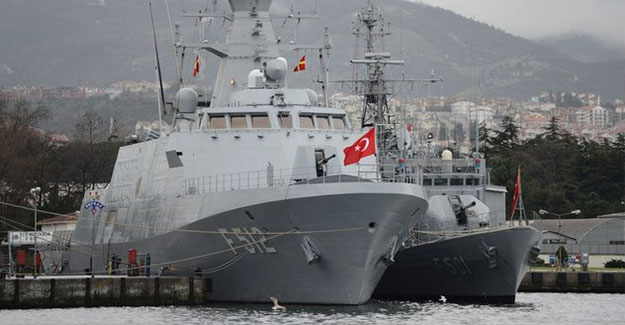 Türk donanmasının gücünü yansıtıyor