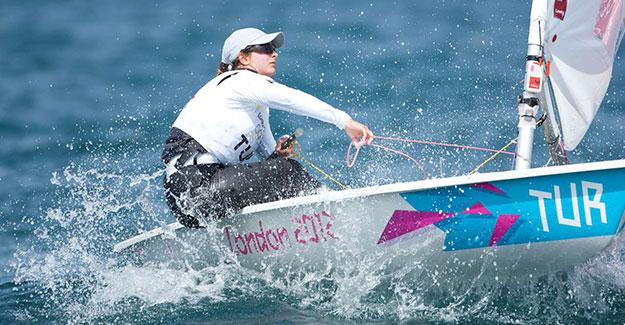 Yelkende ikinci olimpiyat vizesi Nazlı Çağla'dan geldi