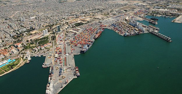 Mersin Limanı'nda yük trafiği yüzde 2 azaldı
